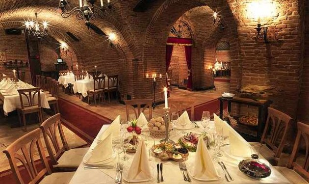 """Deschiderea Restaurantului """" Crama Romaneasca"""""""