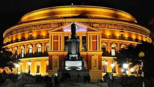 Concertele de promenada BBC (BBC Proms)