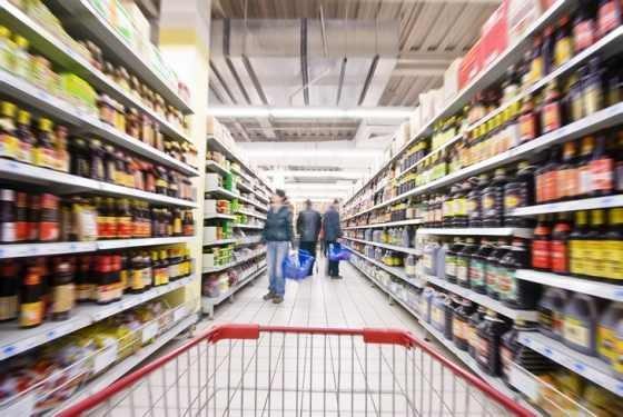 VIDEO! Asa se fura din supermarketurile Angliei! Trei romi numiti