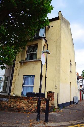 Double room (mobilata) de inchiriat, £ 600/pcm, toate bill-urile incluse, in zona Leyton, E11