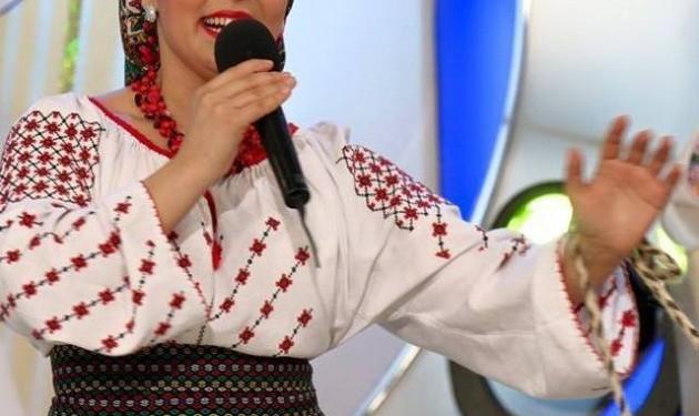 Maria Suharu - Interpreta muzica populara Londra
