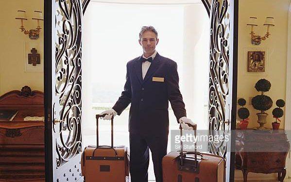 Angajam luggage porters/bellboys hotel